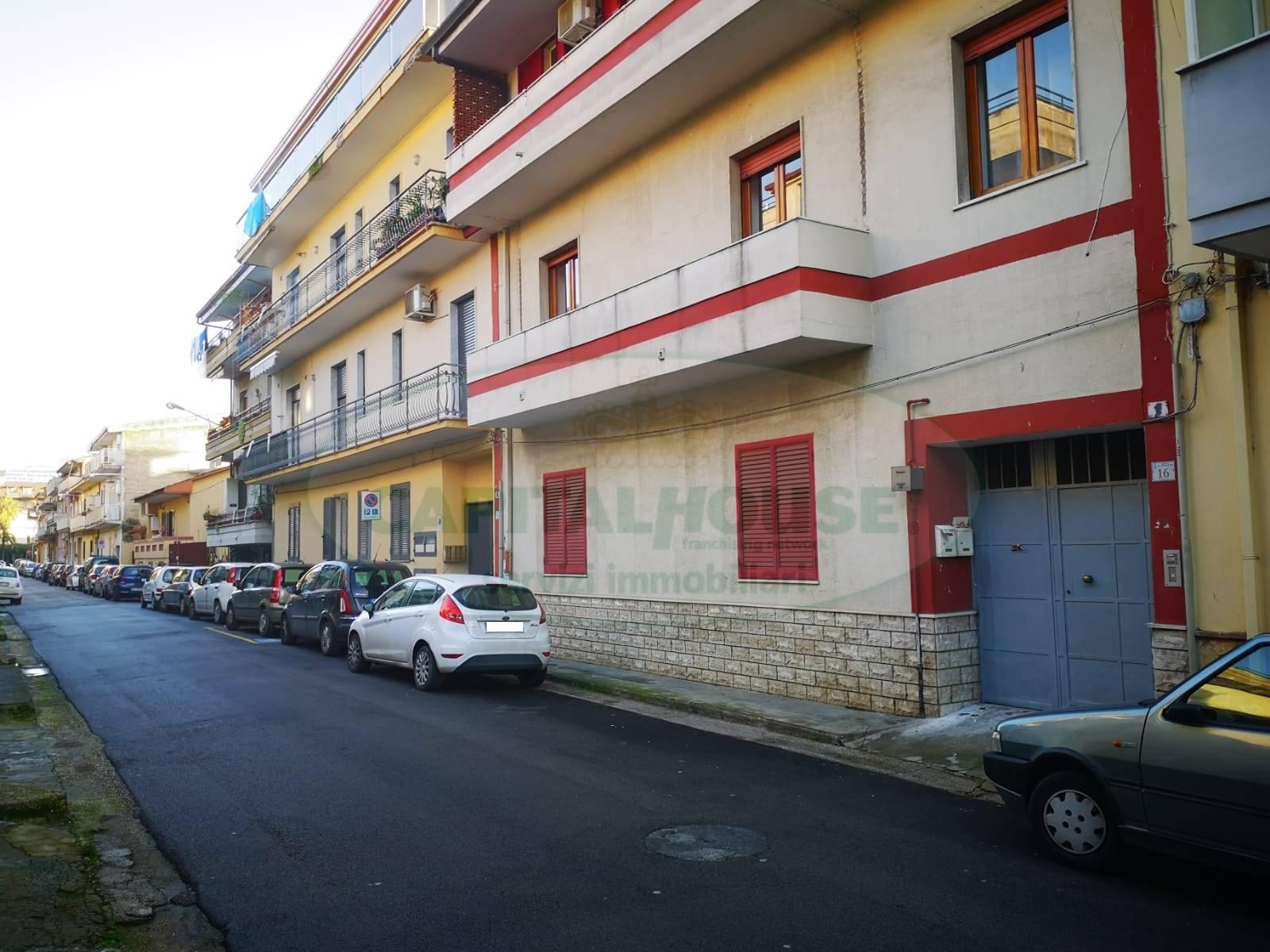 Appartamento in vendita a San Nicola la Strada, 5 locali, zona Località: Acquaviva, prezzo € 130.000 | CambioCasa.it