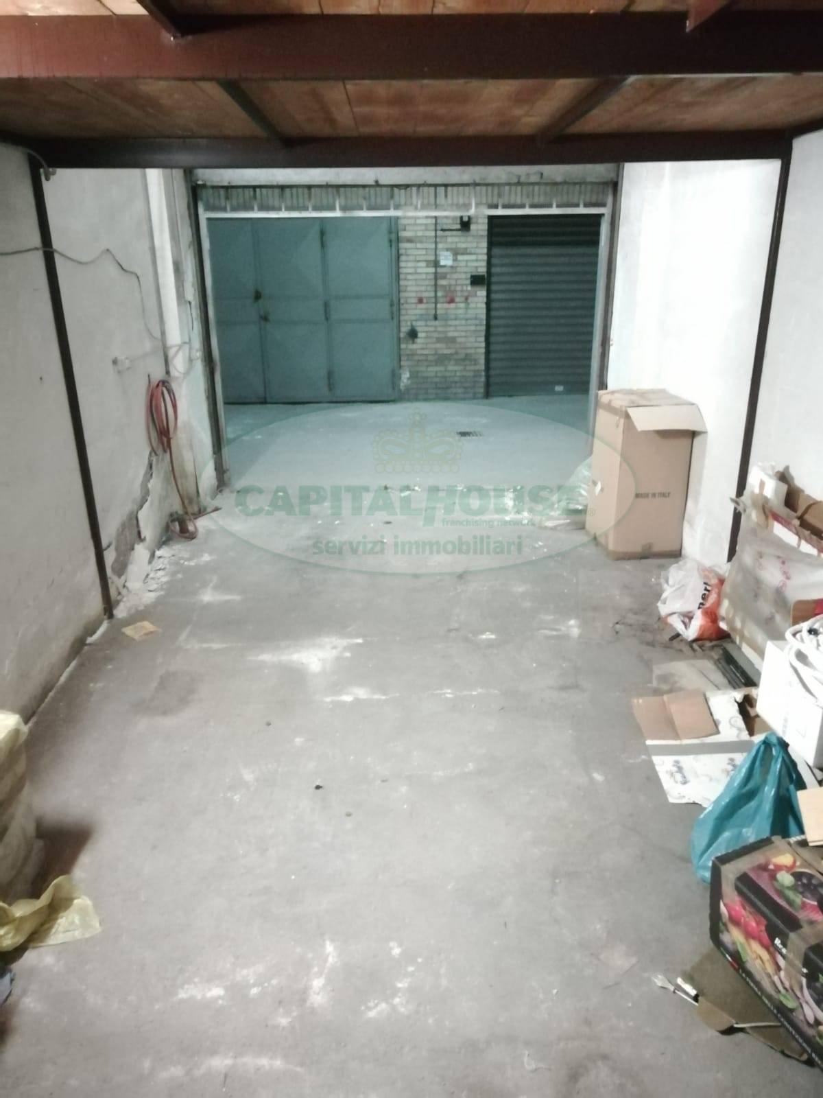 Box / Garage in vendita a Pomigliano d'Arco, 9999 locali, prezzo € 35.000 | CambioCasa.it