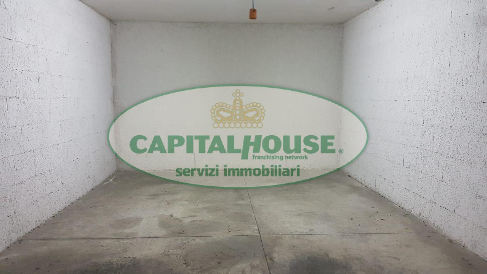 Box / Garage in vendita a Caserta, 9999 locali, zona Località: Lincoln, prezzo € 25.000 | CambioCasa.it
