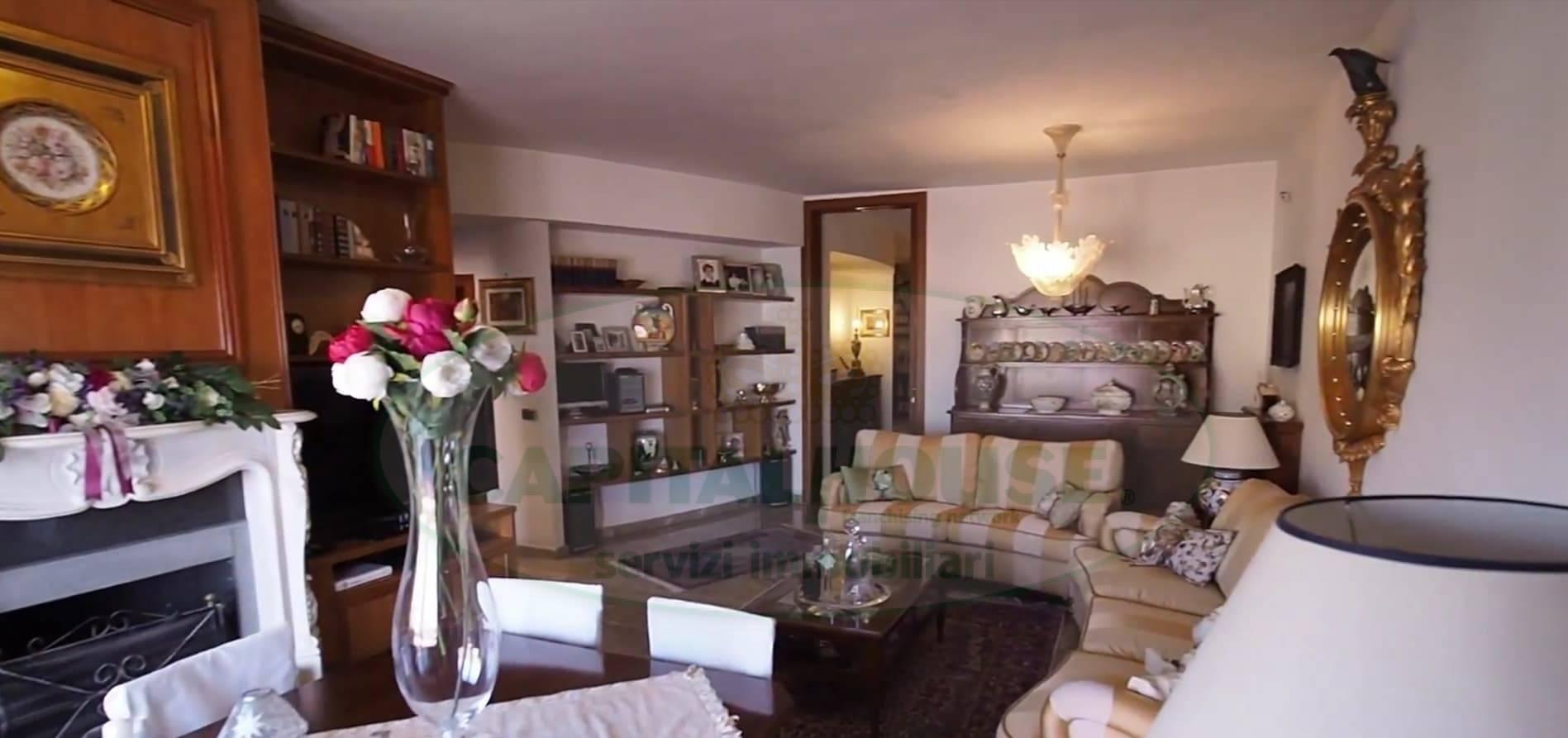 Appartamento in vendita a Pomigliano d'Arco, 7 locali, prezzo € 630.000 | PortaleAgenzieImmobiliari.it