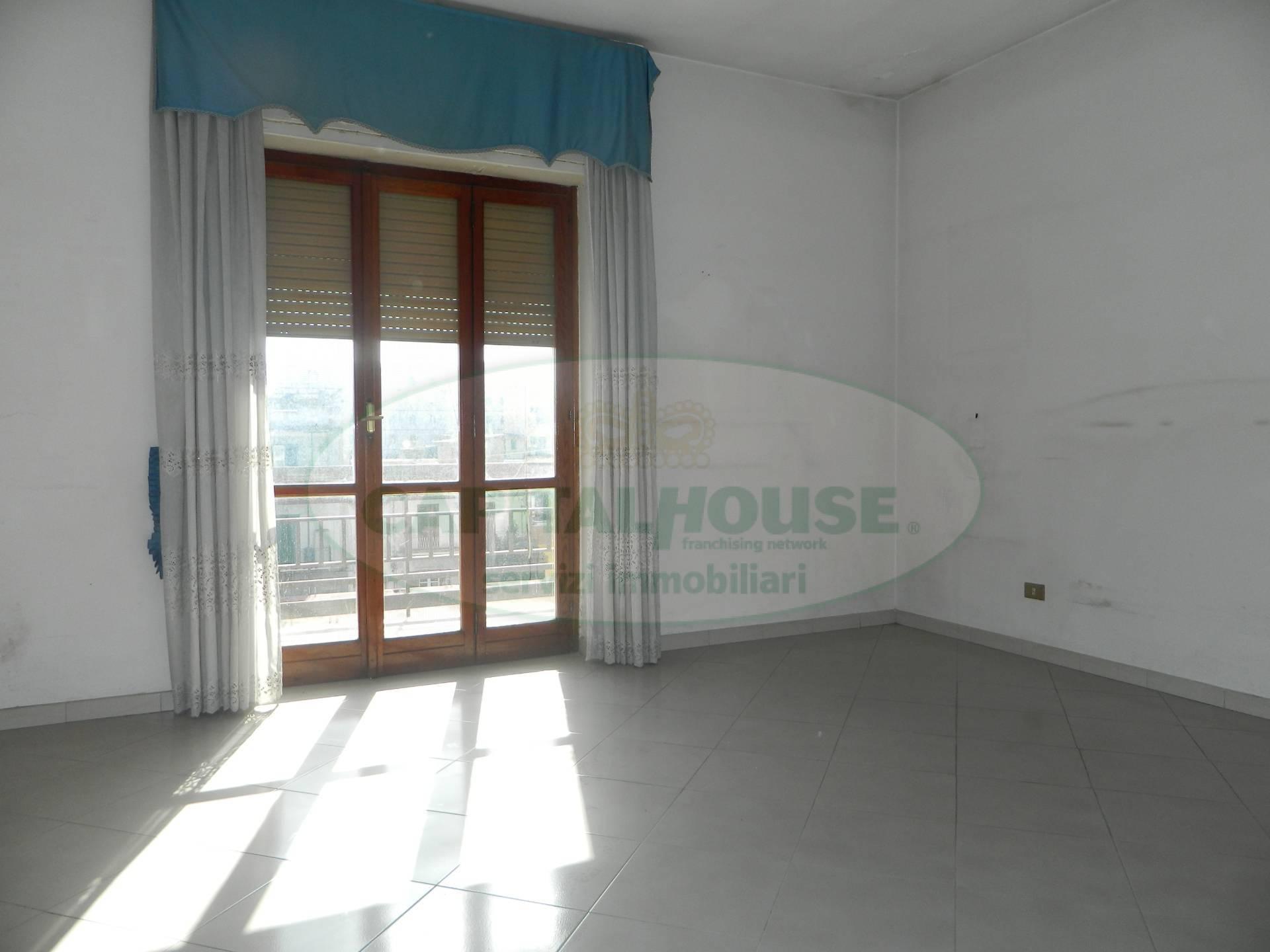 Appartamento in vendita a Afragola, 3 locali, zona Località: CorsoVittorioEmanuele, prezzo € 136.000 | CambioCasa.it