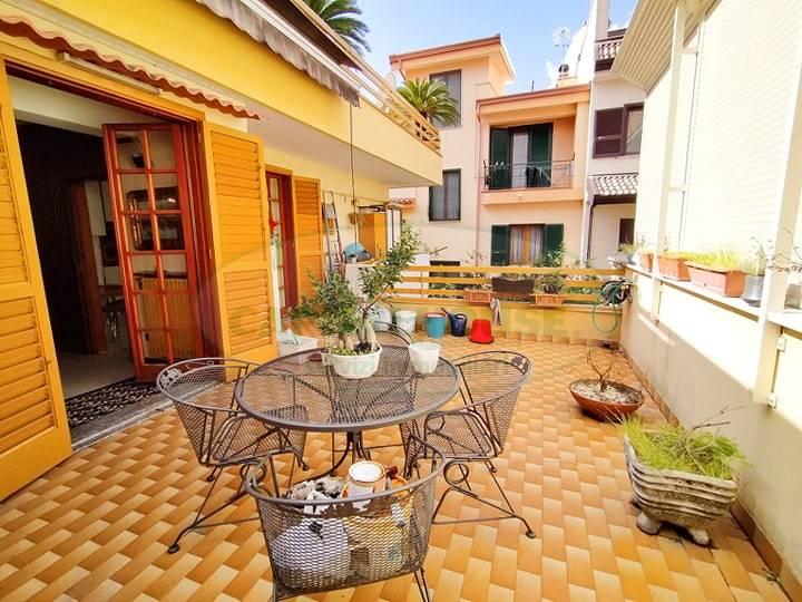 Appartamento in vendita a Pomigliano d'Arco, 5 locali, prezzo € 450.000 | PortaleAgenzieImmobiliari.it