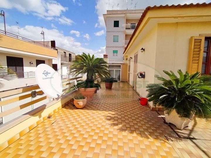Appartamento in vendita a Pomigliano d'Arco, 5 locali, prezzo € 445.000 | PortaleAgenzieImmobiliari.it