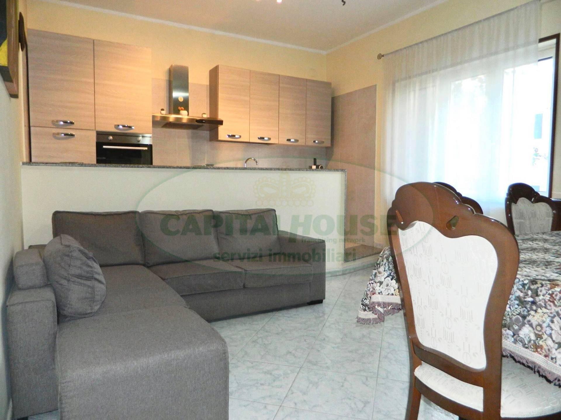 Appartamento in vendita a Afragola, 3 locali, zona Località: ZonaSanMichele, prezzo € 125.000 | CambioCasa.it