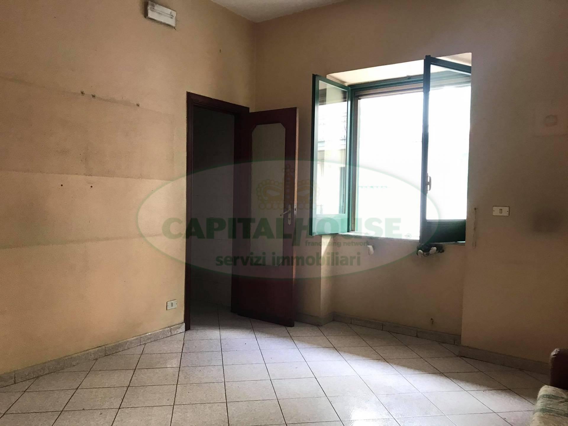 Appartamento in affitto a Afragola, 3 locali, zona Località: ZonaSanMichele, prezzo € 420 | CambioCasa.it