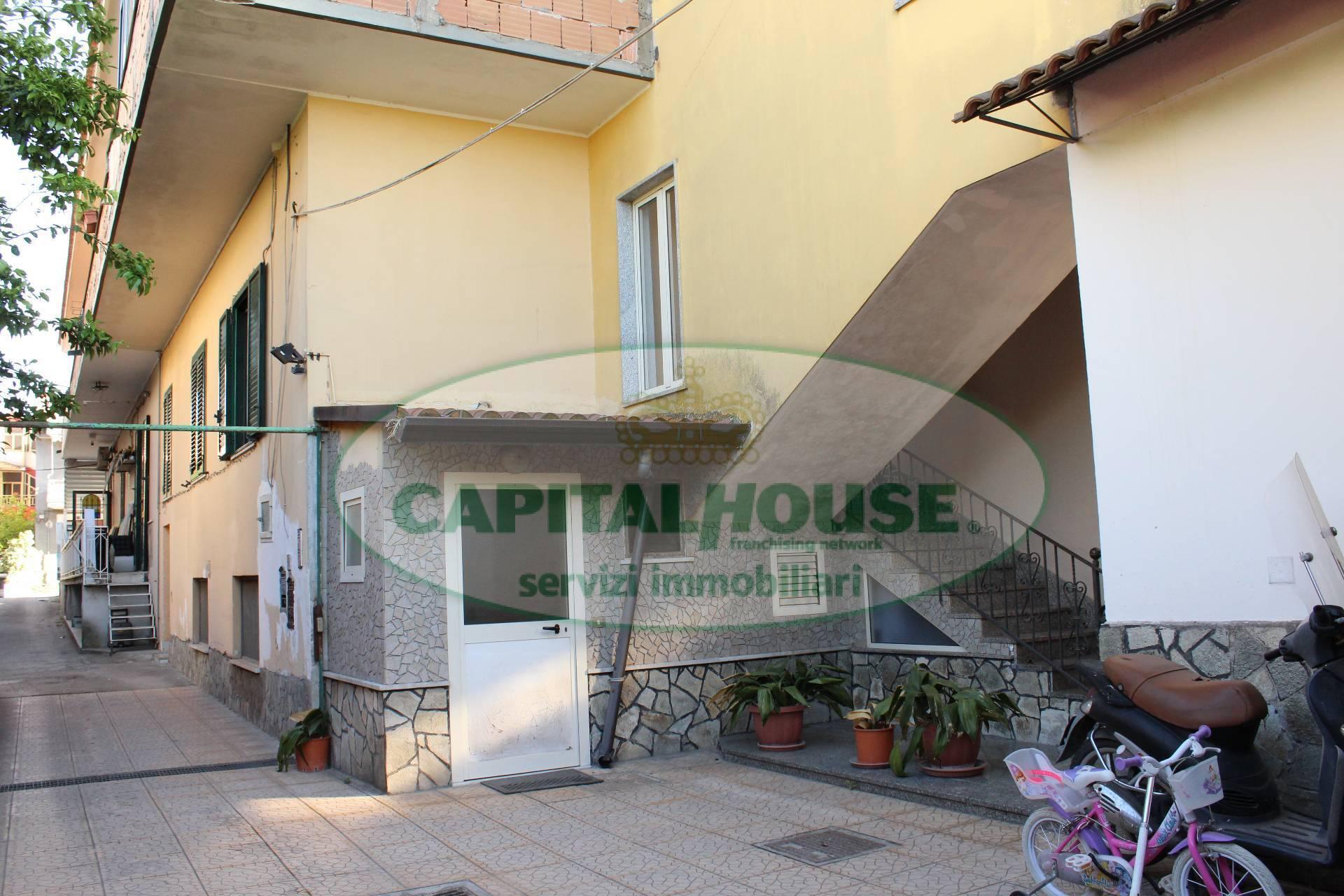 Appartamento in vendita a San Gennaro Vesuviano, 4 locali, prezzo € 79.000 | CambioCasa.it