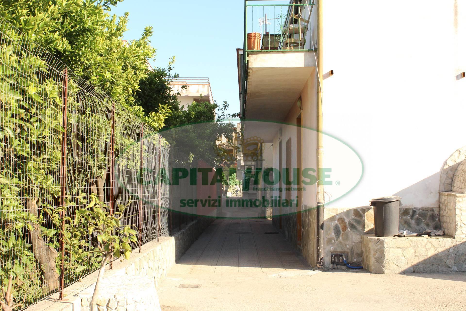 Soluzione Indipendente in vendita a San Gennaro Vesuviano, 4 locali, prezzo € 99.000 | CambioCasa.it