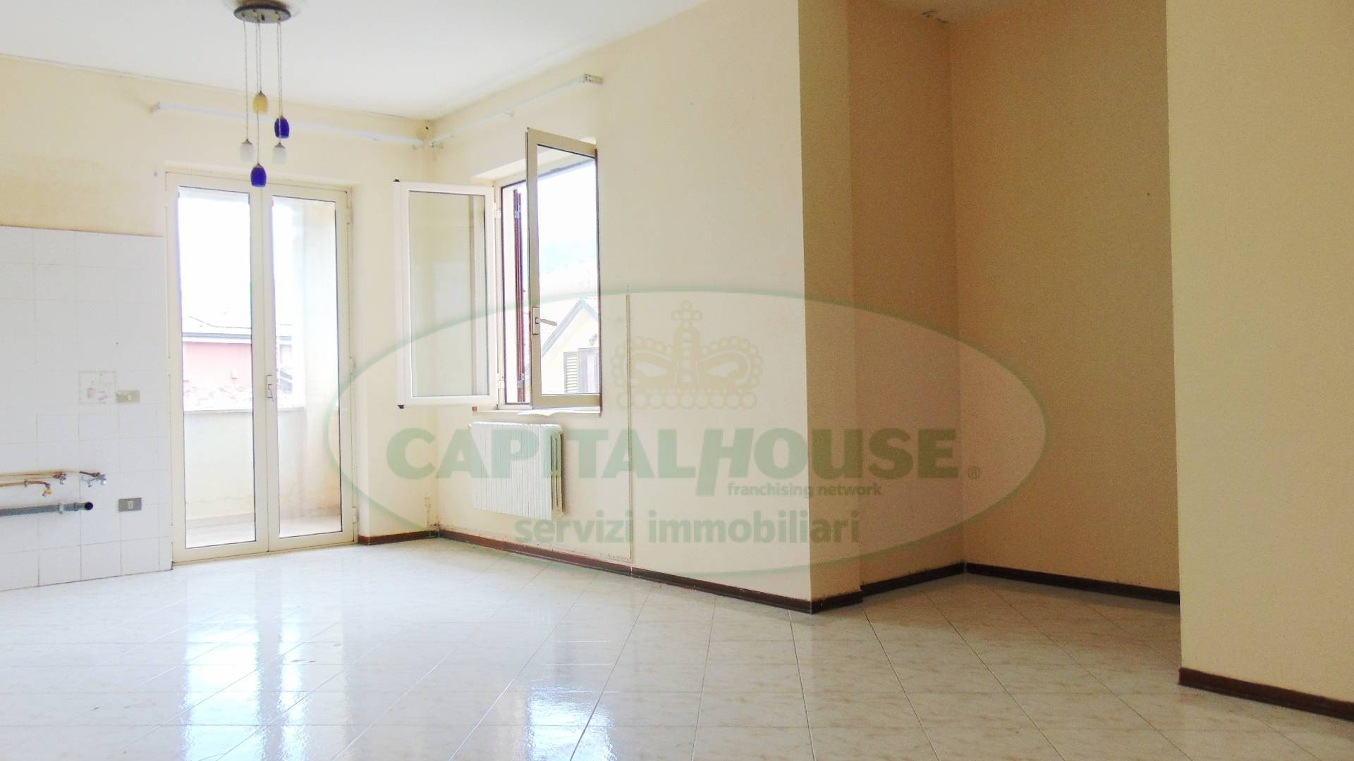 Appartamento in vendita a Sirignano, 4 locali, prezzo € 79.000 | CambioCasa.it