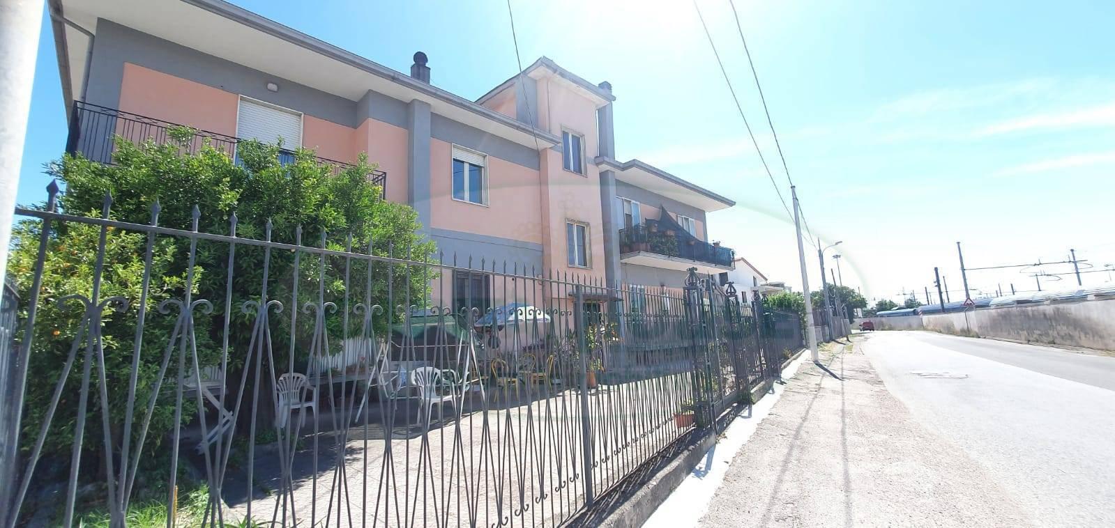 APPARTAMENTO in Vendita a Caserta (CASERTA)