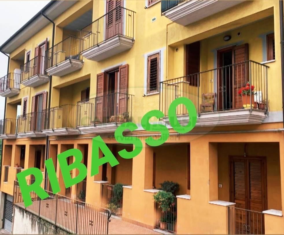 Appartamento in vendita a Avellino, 3 locali, zona Località: BellizziIrpino, prezzo € 95.000 | CambioCasa.it