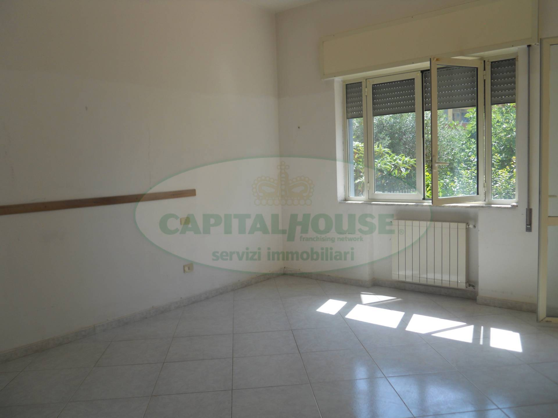 Appartamento in vendita a Sparanise, 5 locali, prezzo € 109.000 | PortaleAgenzieImmobiliari.it