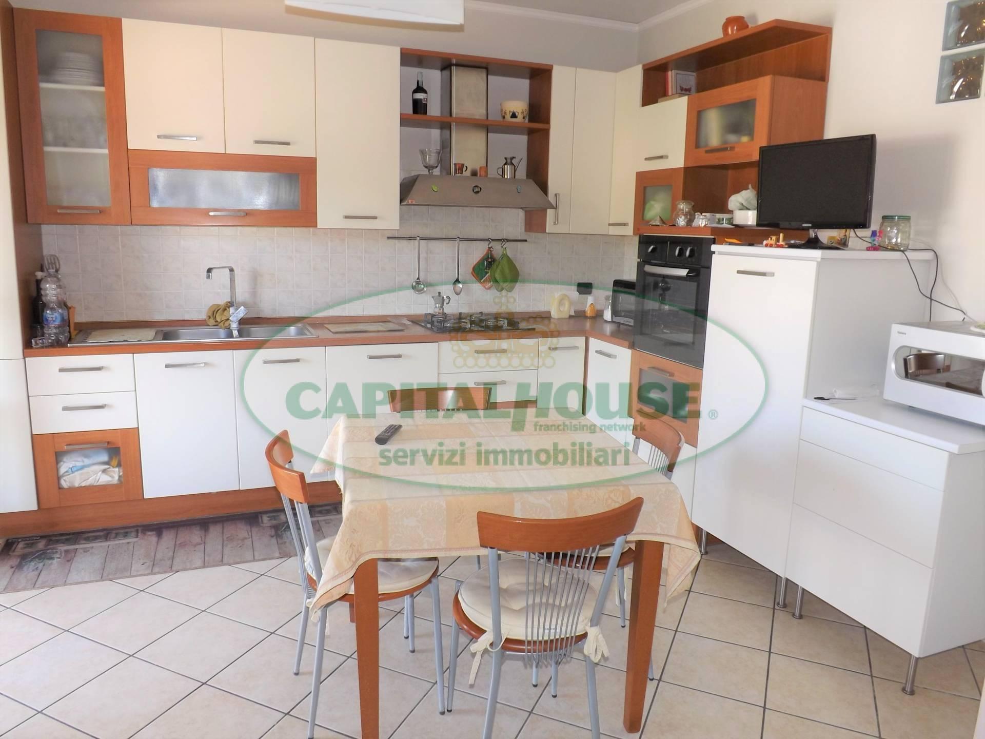 Appartamento in vendita a Manocalzati, 4 locali, prezzo € 90.000   CambioCasa.it