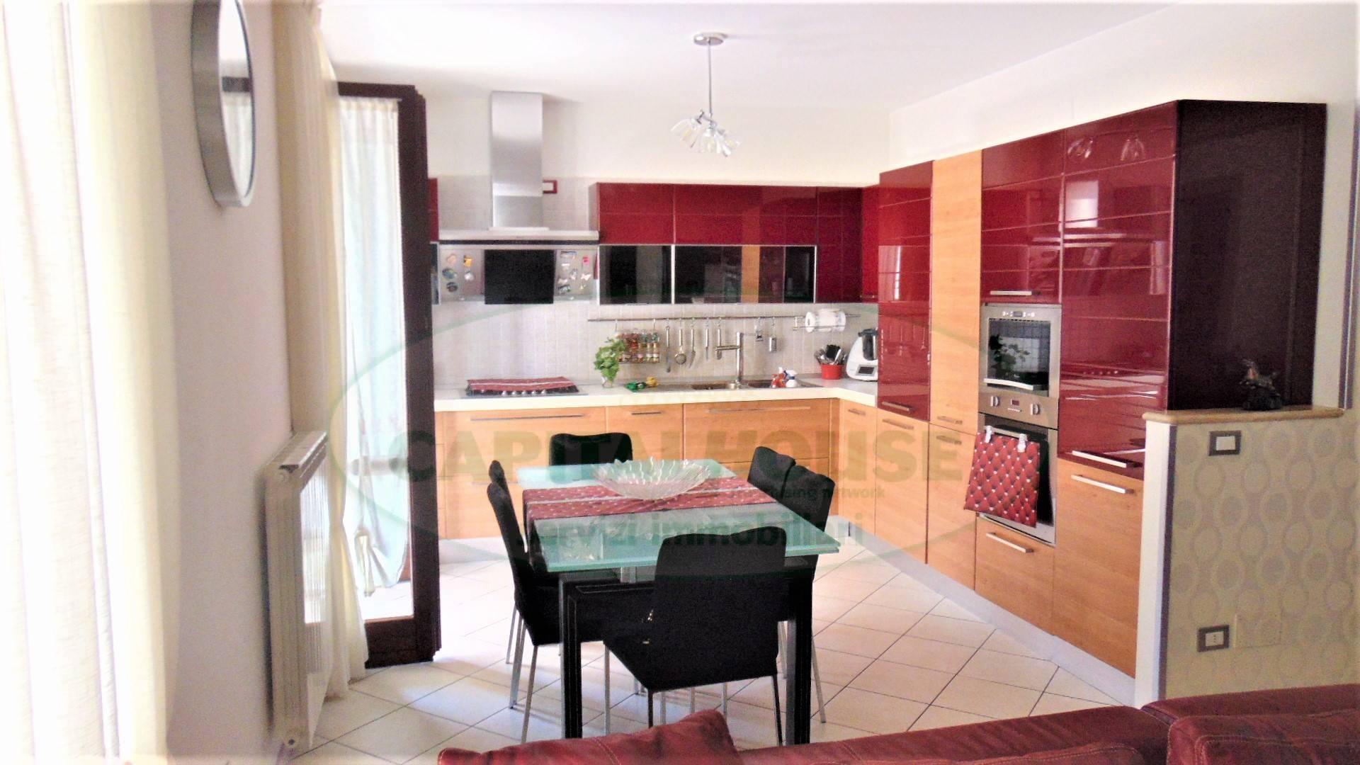 Appartamento in vendita a Sirignano, 4 locali, prezzo € 139.000 | CambioCasa.it