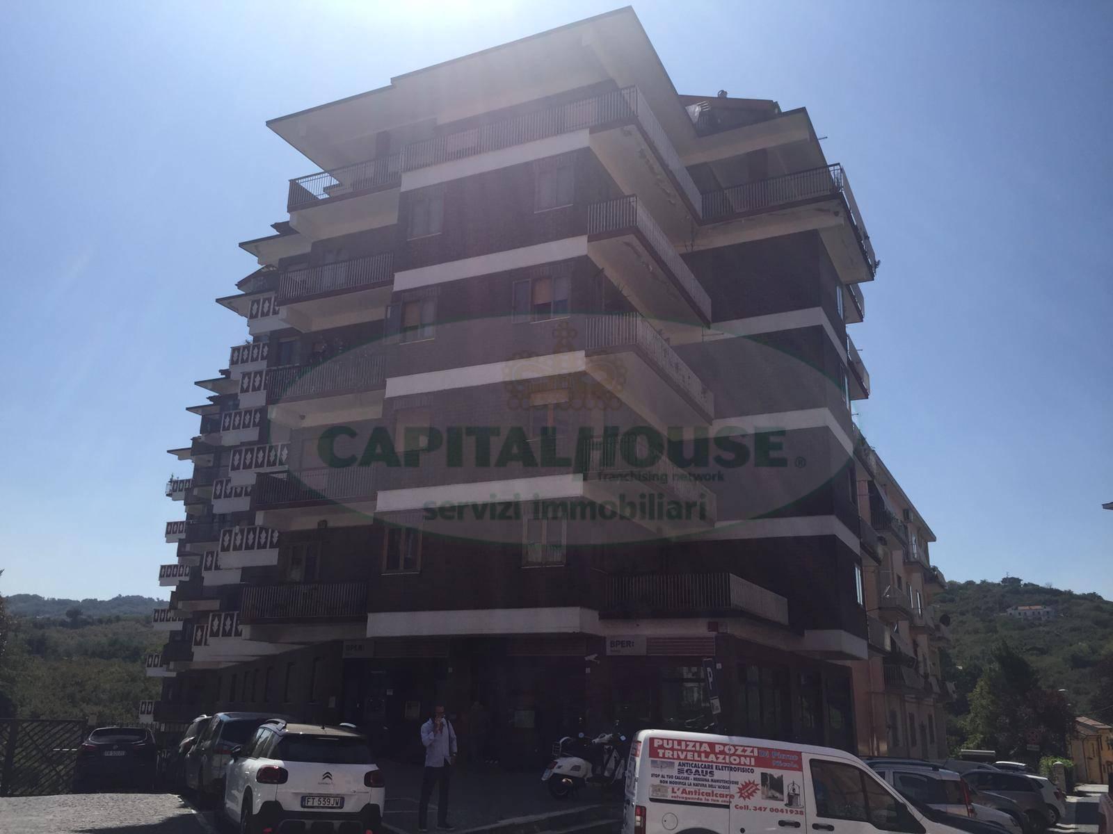 Box / Garage in vendita a Avellino, 1 locali, zona Zona: Centro, prezzo € 99.000 | CambioCasa.it