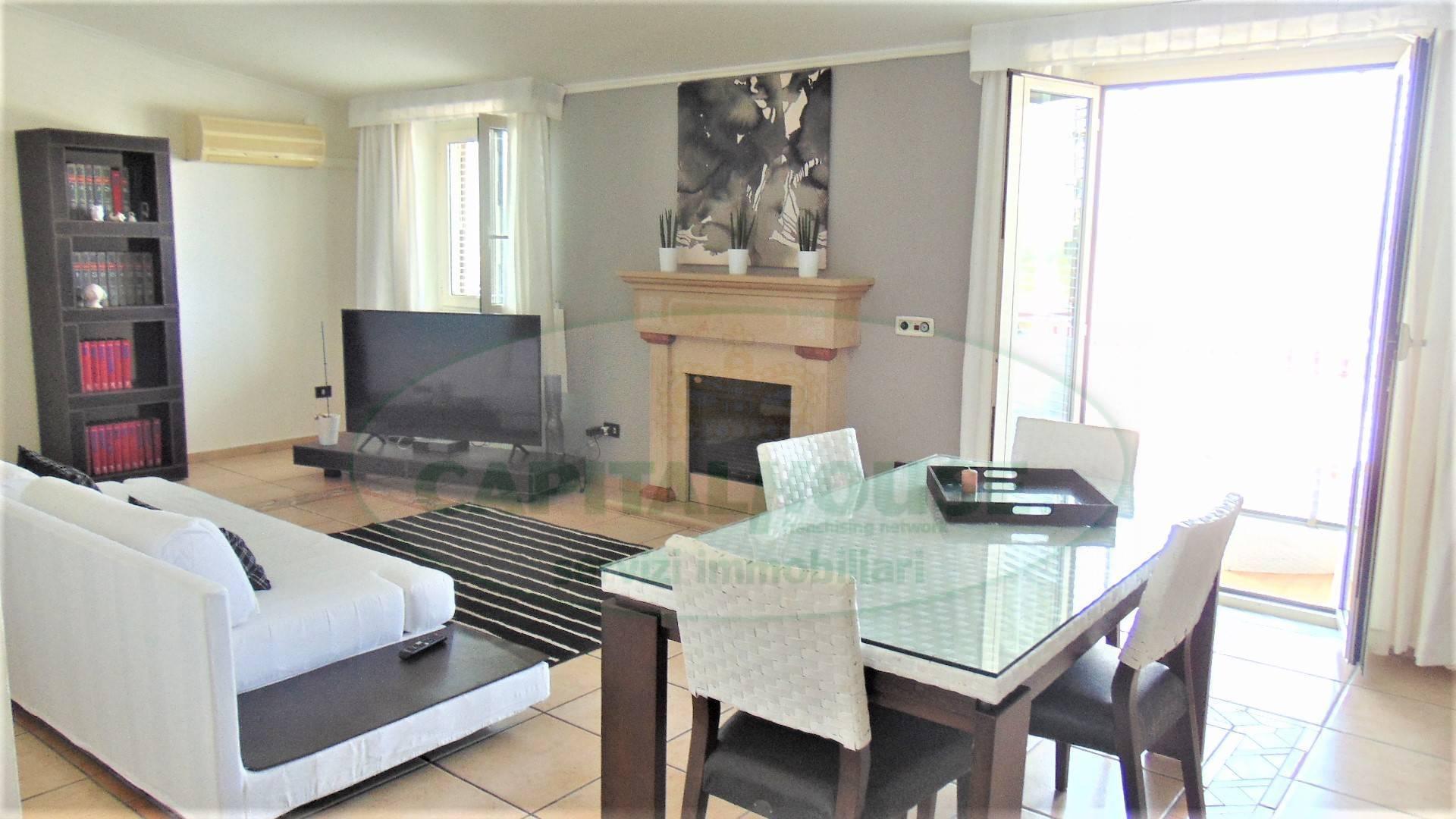 Appartamento in vendita a Sirignano, 3 locali, prezzo € 98.000 | CambioCasa.it