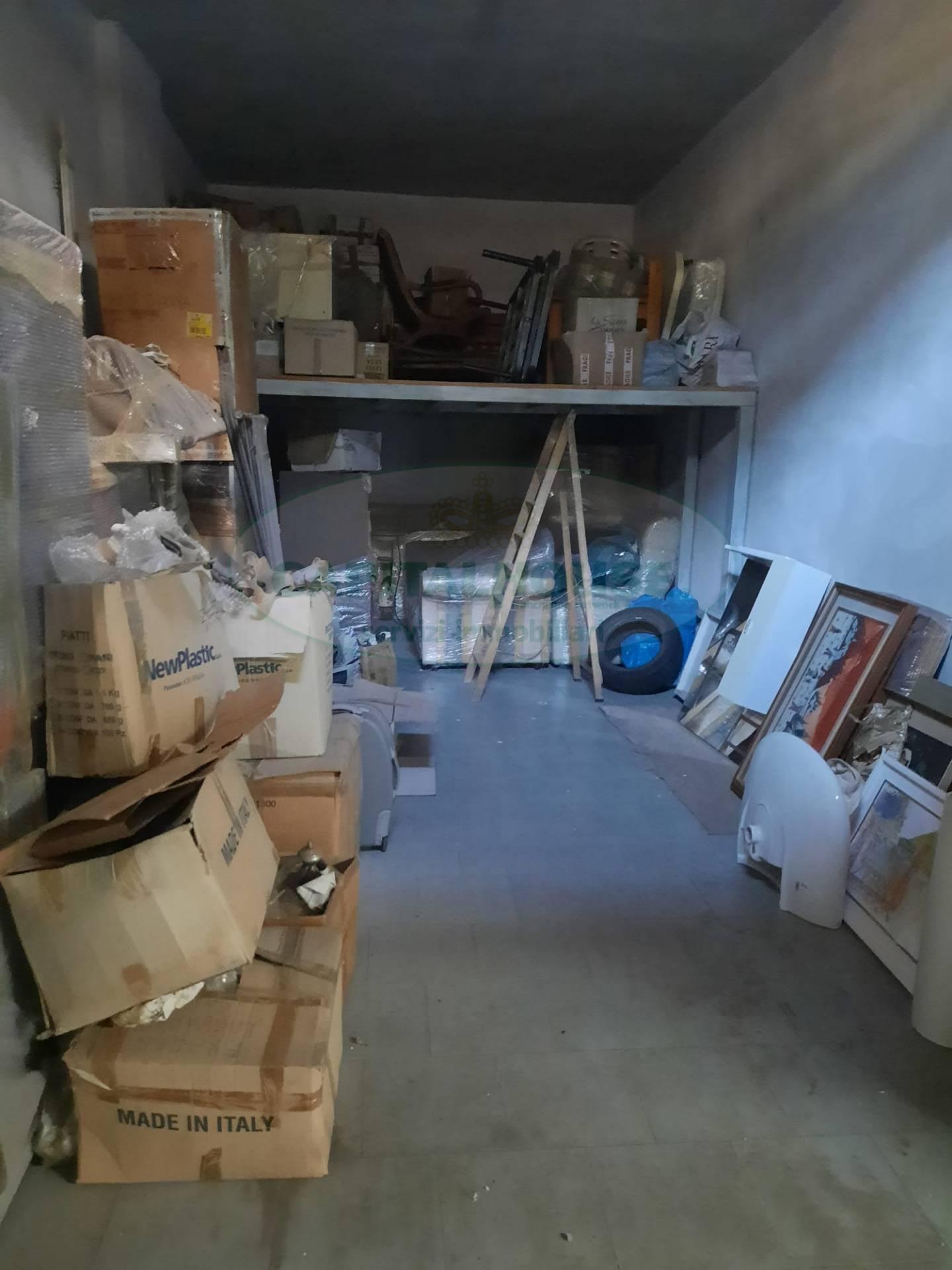 Box / Garage in vendita a Acerra, 1 locali, prezzo € 28.000 | CambioCasa.it