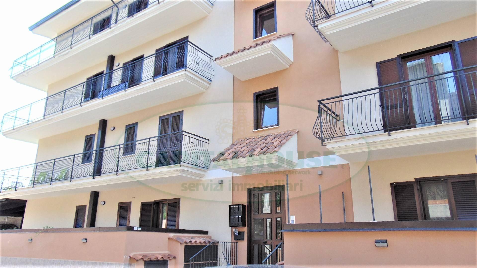 Appartamento in vendita a Mugnano del Cardinale, 3 locali, prezzo € 155.000 | CambioCasa.it