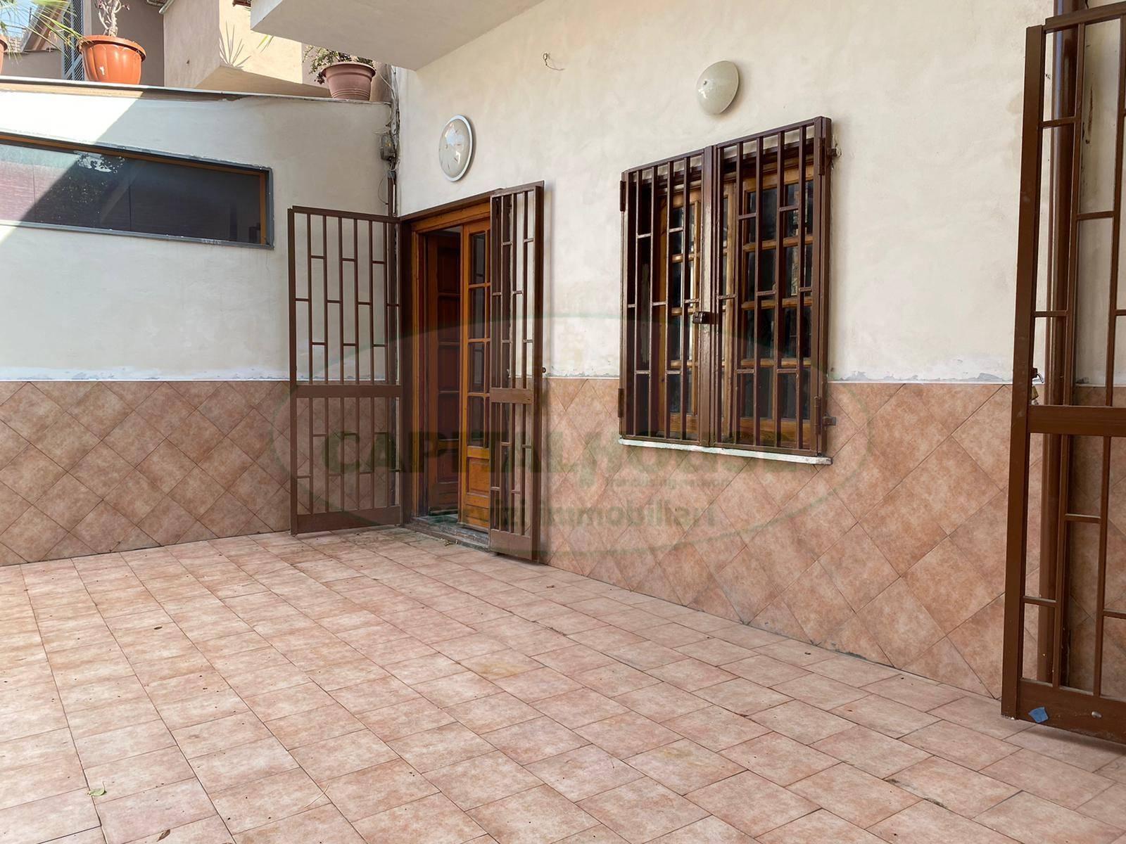Appartamento in affitto a Afragola, 2 locali, zona Località: ZonaSanMarco, prezzo € 350 | CambioCasa.it