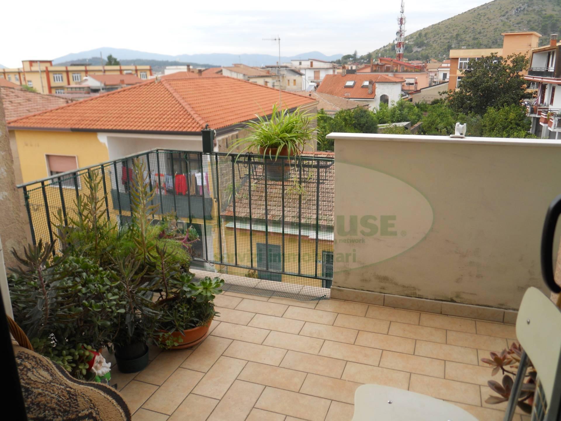 Appartamento in vendita a Sparanise, 3 locali, prezzo € 43.000 | PortaleAgenzieImmobiliari.it