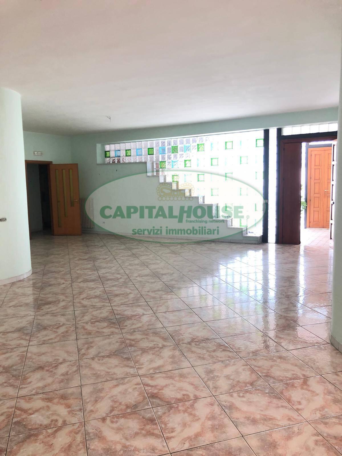 Appartamento in affitto a Ottaviano, 4 locali, prezzo € 450 | CambioCasa.it