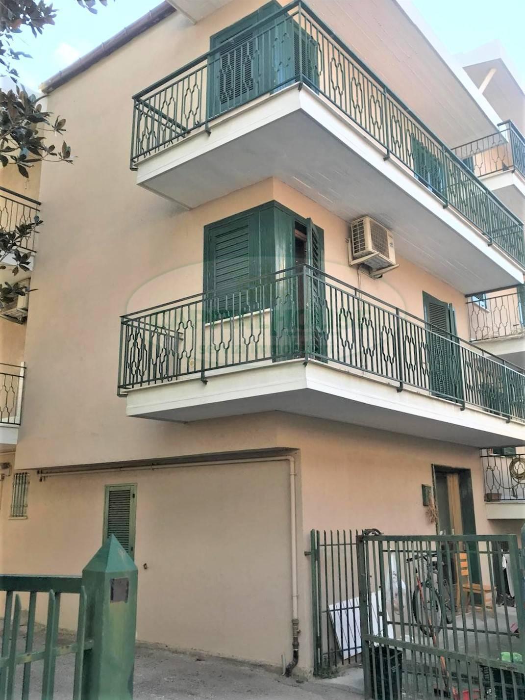 Appartamento in affitto a Mugnano del Cardinale, 4 locali, prezzo € 350 | CambioCasa.it