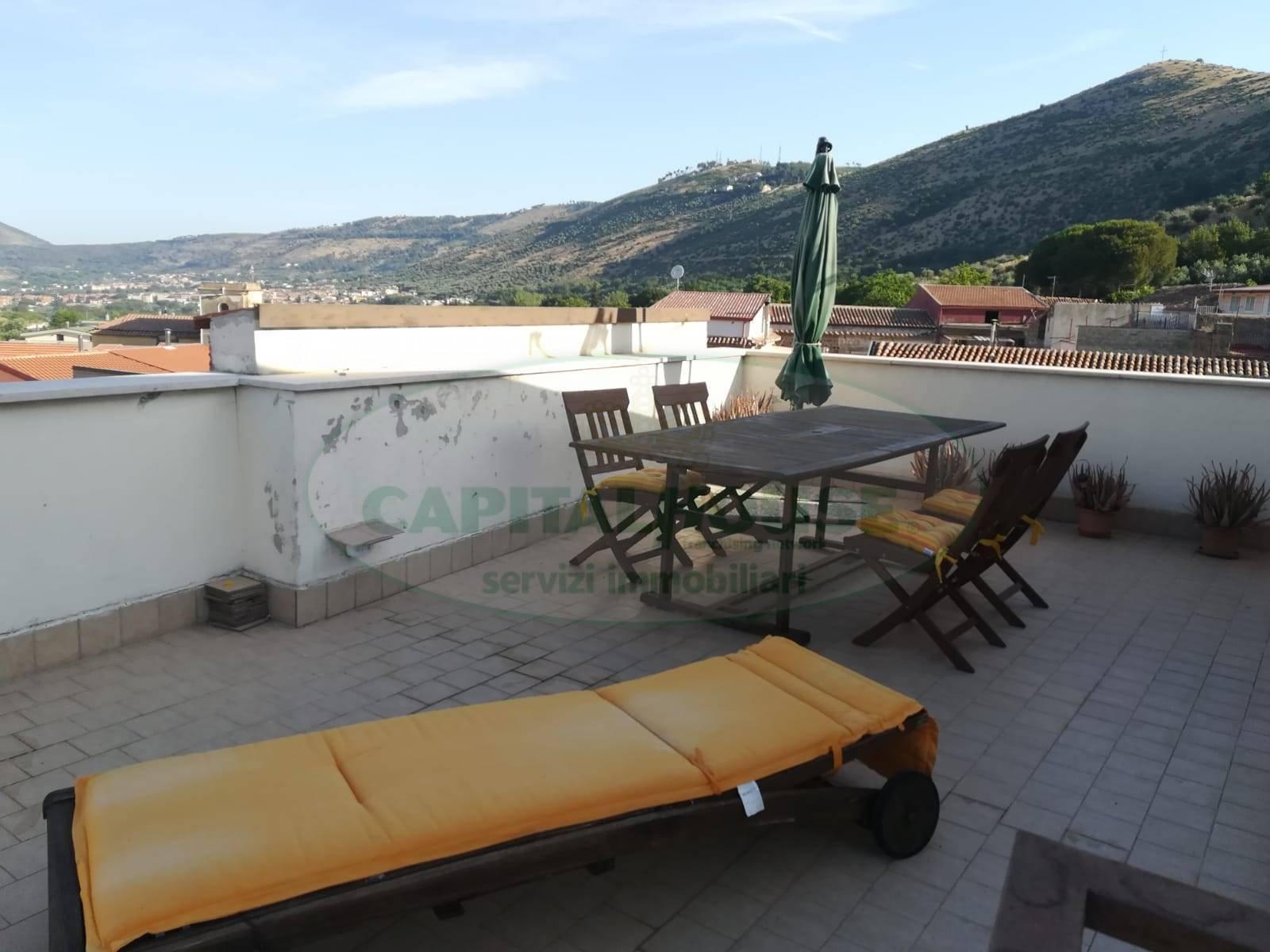 Casa semi-indipendente in vendita a Garzano, Caserta (CE)