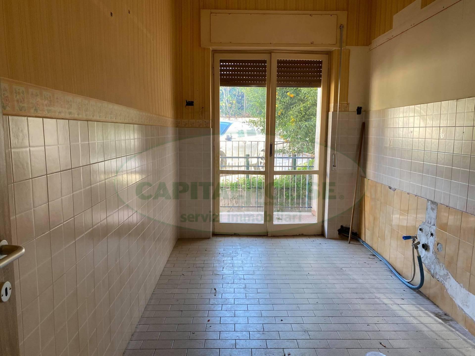 Appartamento in affitto a Afragola, 3 locali, zona Località: CorsoVittorioEmanuele, prezzo € 350 | CambioCasa.it