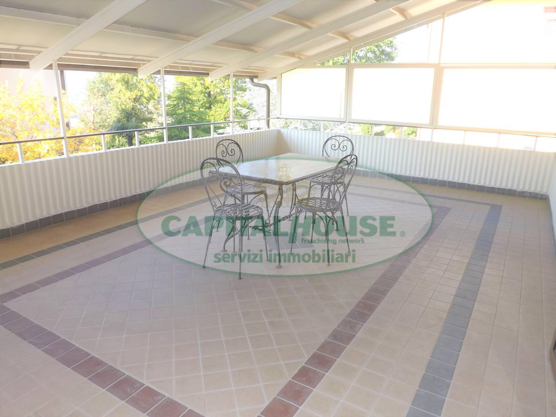 Appartamento in vendita a Manocalzati, 6 locali, prezzo € 170.000 | CambioCasa.it