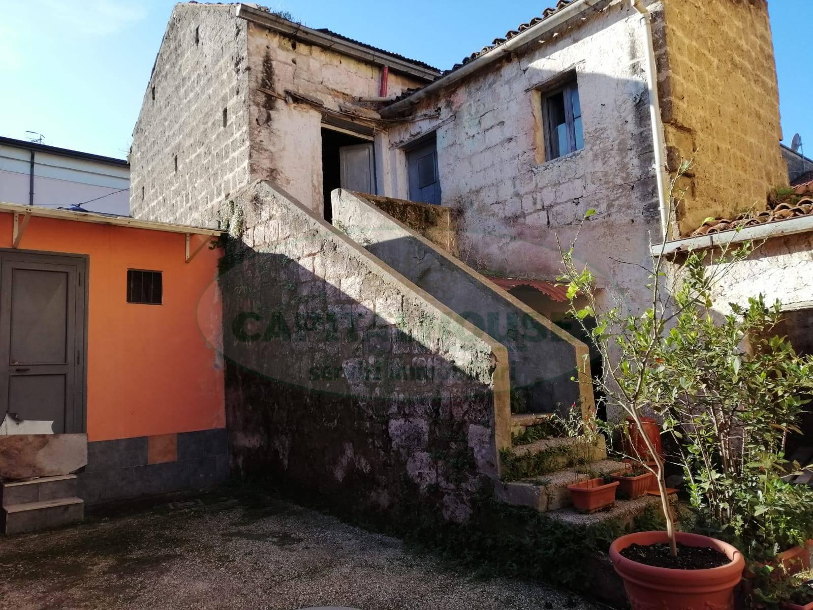 Duplex in vendita a Macerata Campania (CE)
