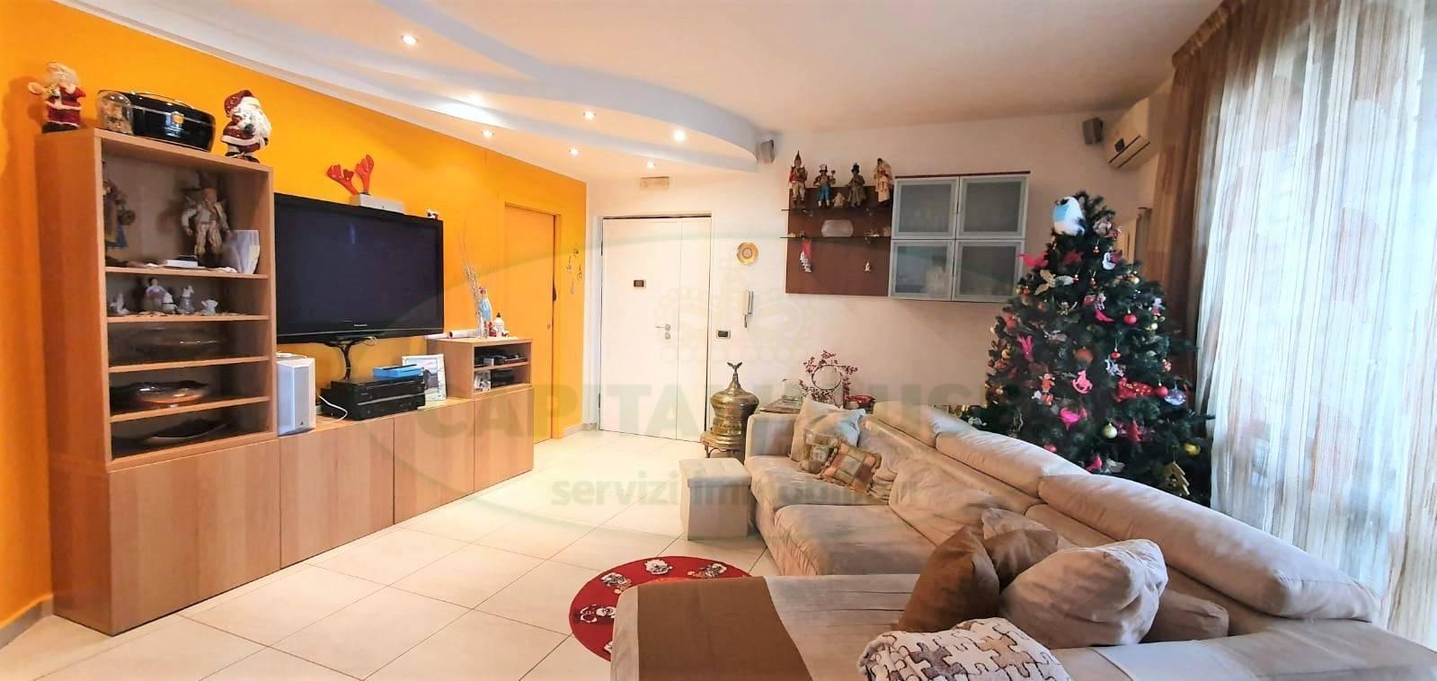 Appartamento in vendita a Caserta, 4 locali, zona Località: Acquaviva, prezzo € 185.000 | PortaleAgenzieImmobiliari.it