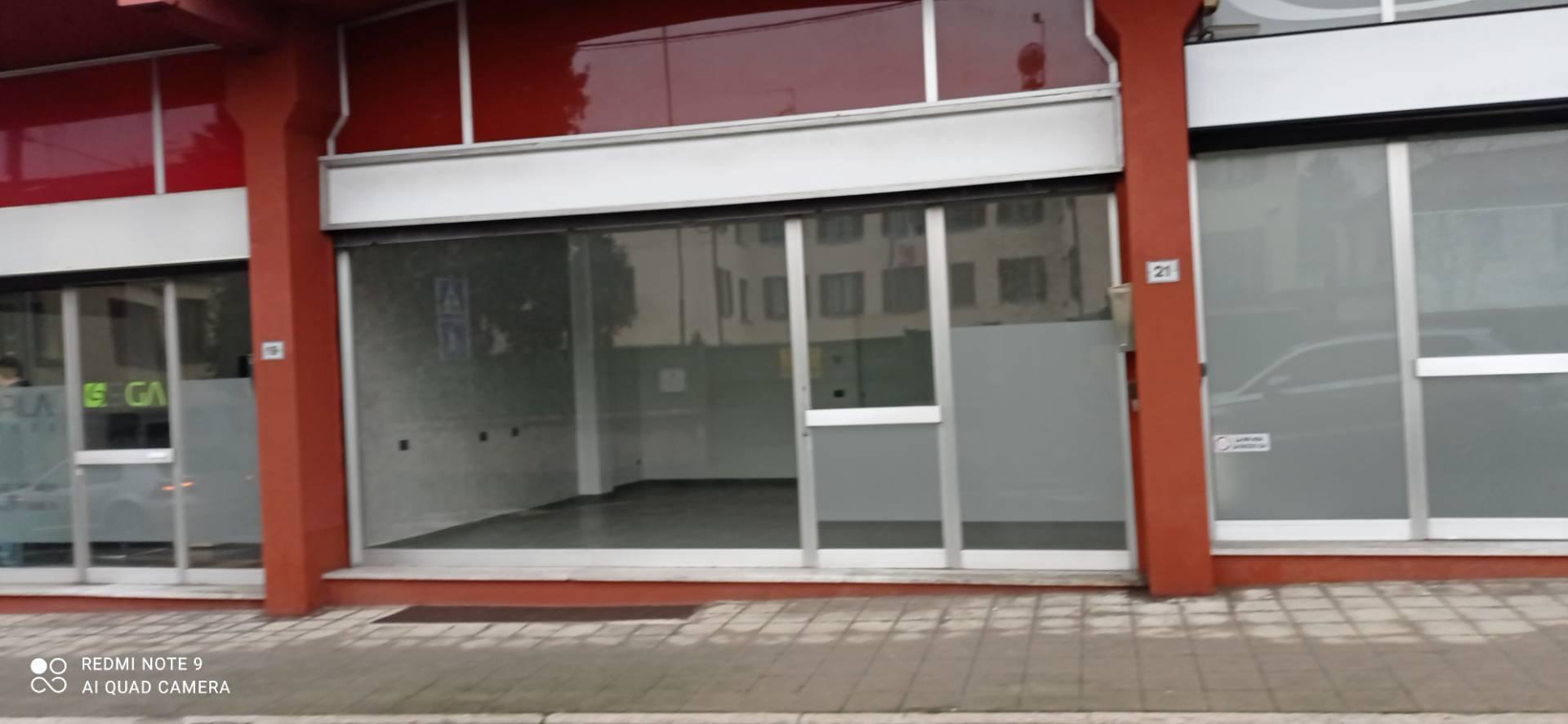 Ufficio / Studio in affitto a Olgiate Comasco, 9999 locali, prezzo € 400 | PortaleAgenzieImmobiliari.it