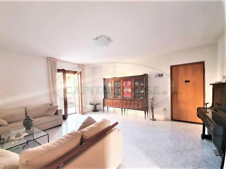Appartamento in vendita a Sirignano, 4 locali, prezzo € 149.000   PortaleAgenzieImmobiliari.it