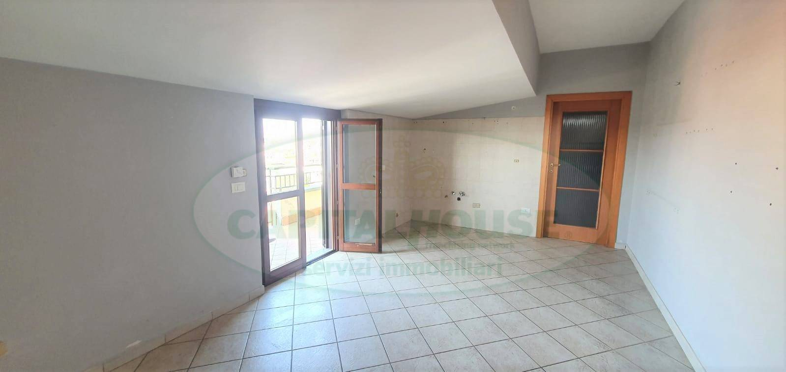 Appartamento in affitto a Caserta, 2 locali, zona Località: SanBenedetto, prezzo € 350 | CambioCasa.it