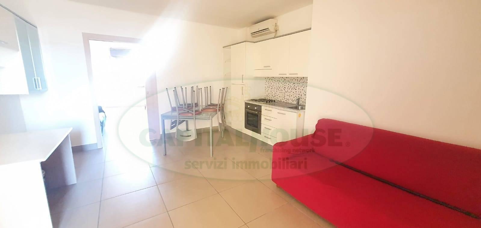 Appartamento in affitto a Caserta, 2 locali, zona Località: Acquaviva, prezzo € 400 | CambioCasa.it