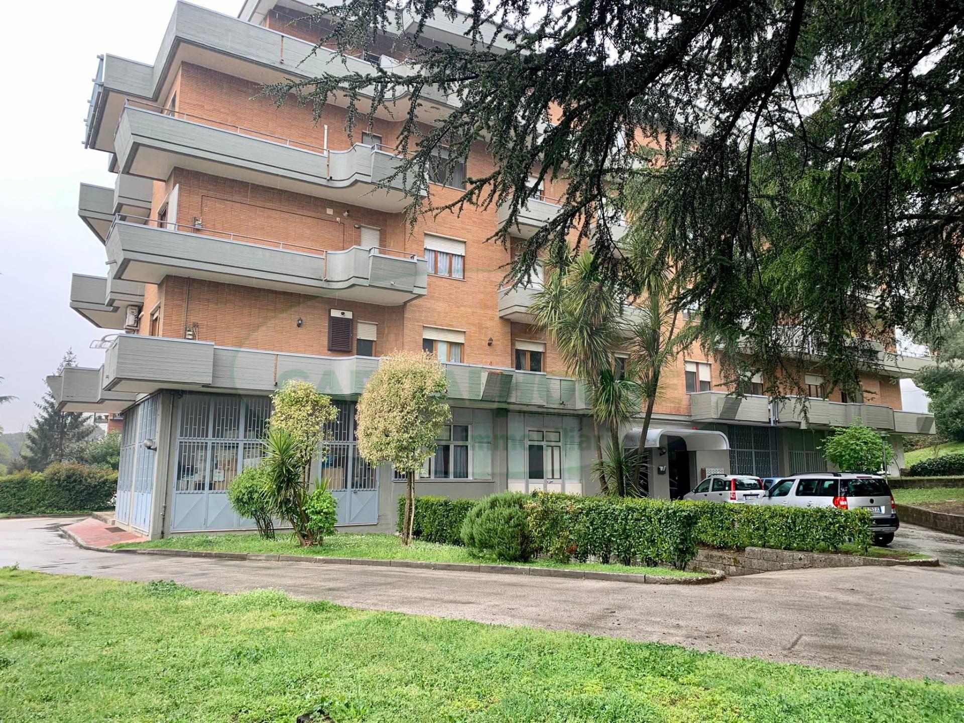 Appartamento in vendita a Avellino, 3 locali, zona Località: ViaAnnarumma, prezzo € 175.000 | CambioCasa.it