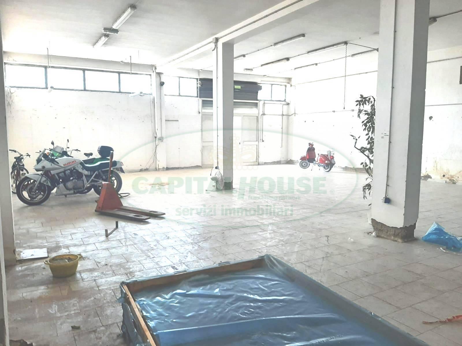 Laboratorio in affitto a Nola, 9999 locali, prezzo € 700 | CambioCasa.it