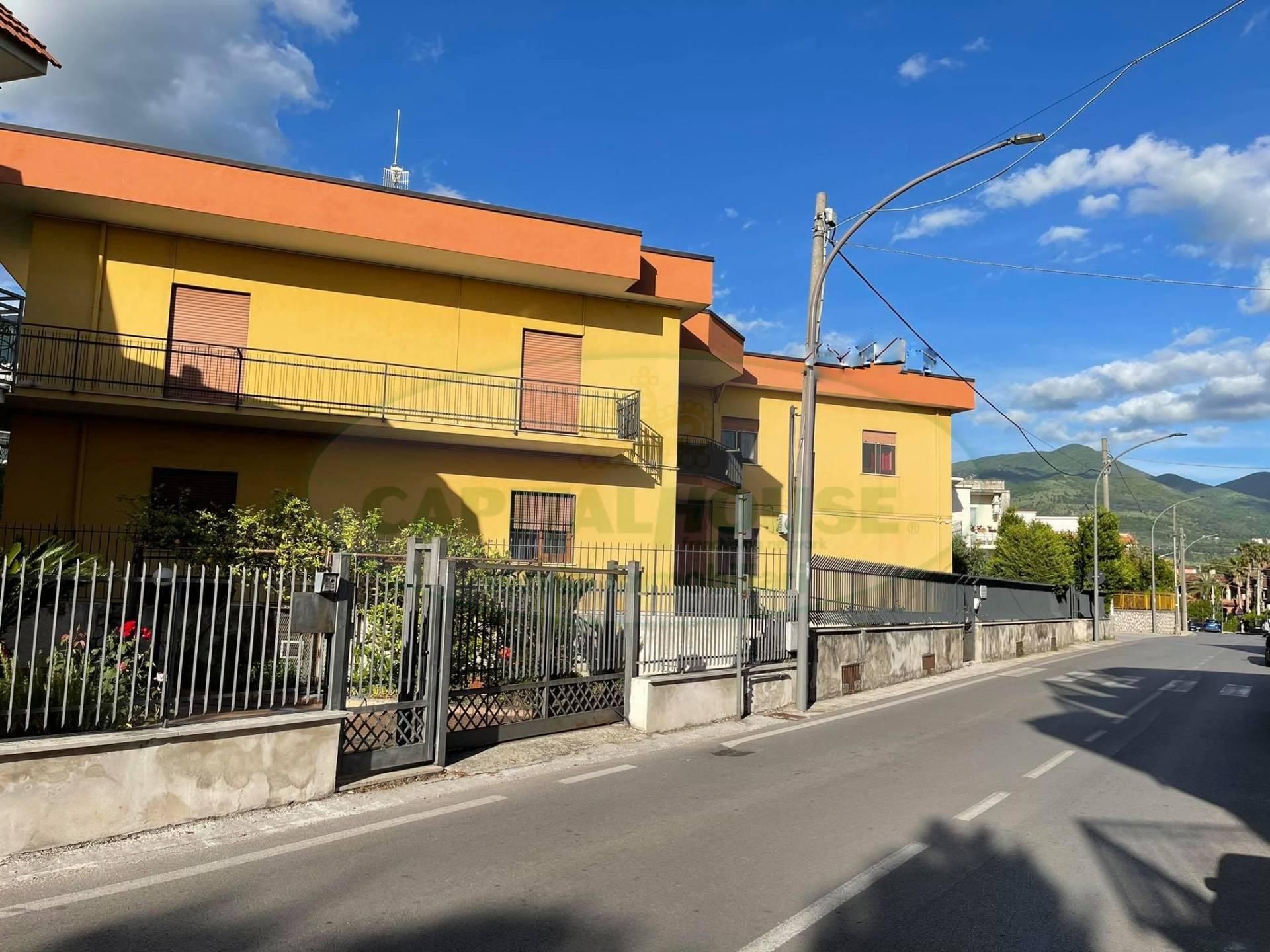 Soluzione Indipendente in vendita a Avella, 10 locali, prezzo € 780.000   CambioCasa.it