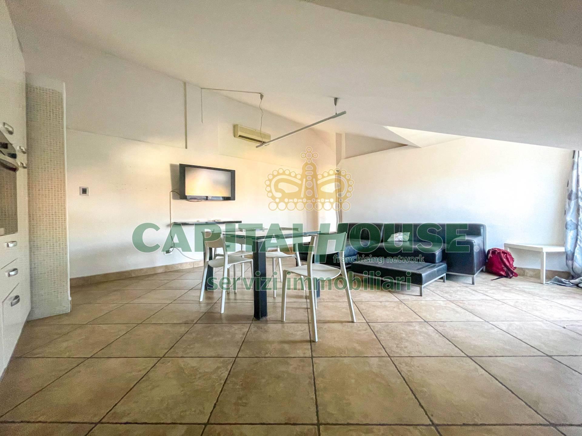 Attico / Mansarda in vendita a Santa Maria Capua Vetere, 2 locali, zona Località: Zonanuova, prezzo € 60.000   PortaleAgenzieImmobiliari.it