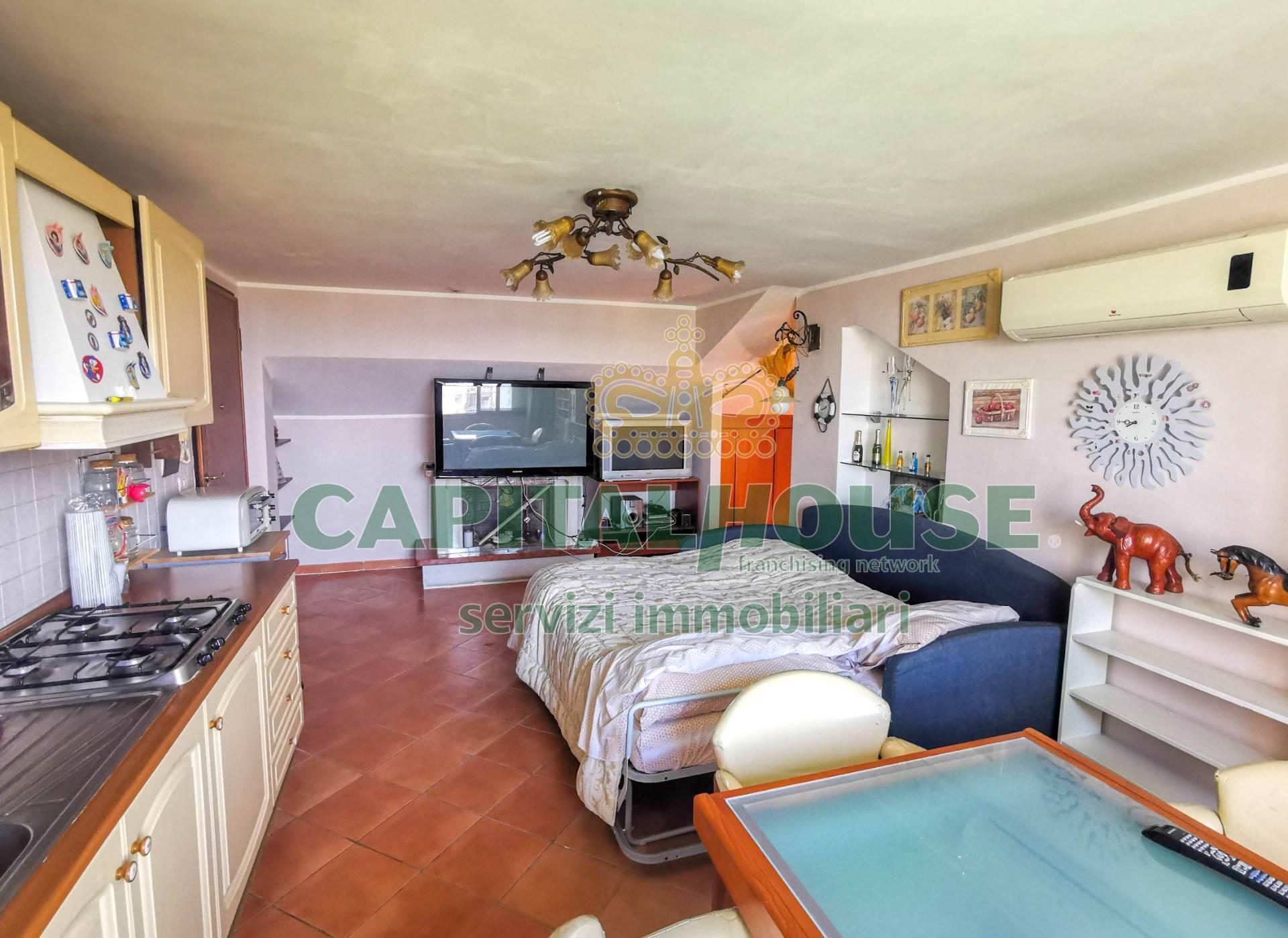 Attico / Mansarda in vendita a San Tammaro, 2 locali, prezzo € 45.000 | PortaleAgenzieImmobiliari.it