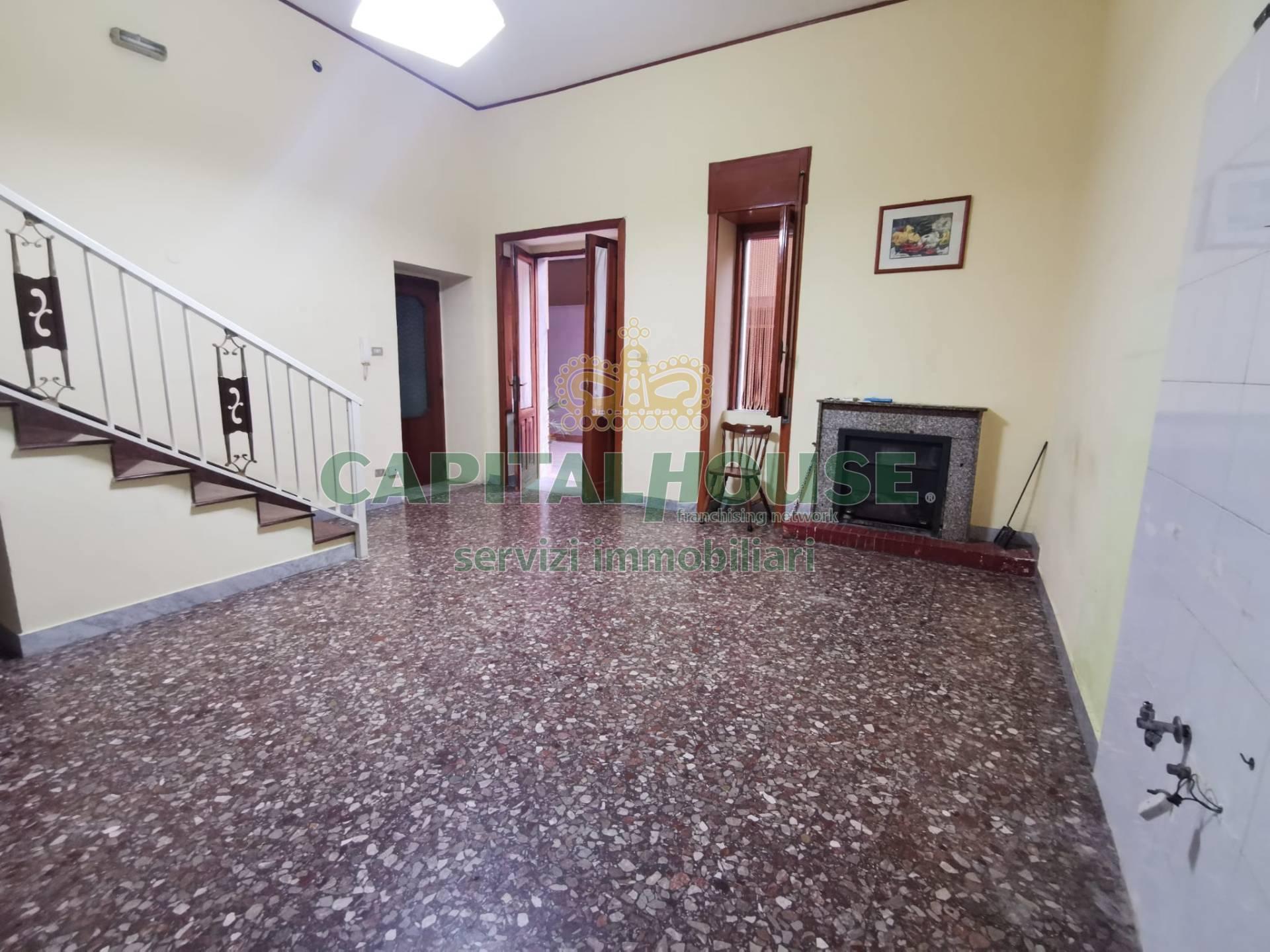 Soluzione Semindipendente in affitto a Cicciano, 4 locali, prezzo € 350 | CambioCasa.it