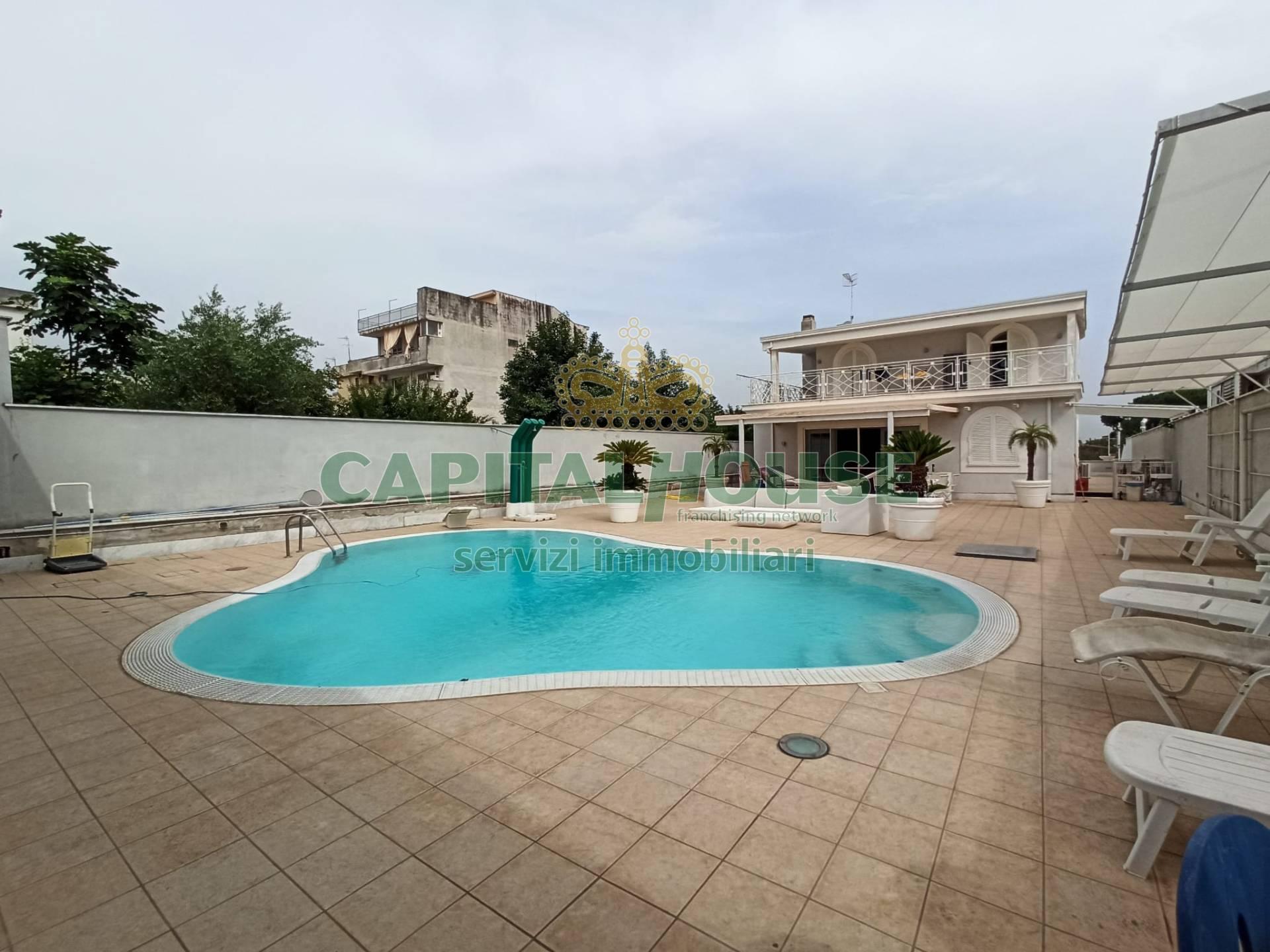 Villa in affitto a Ottaviano, 4 locali, prezzo € 2.500 | CambioCasa.it