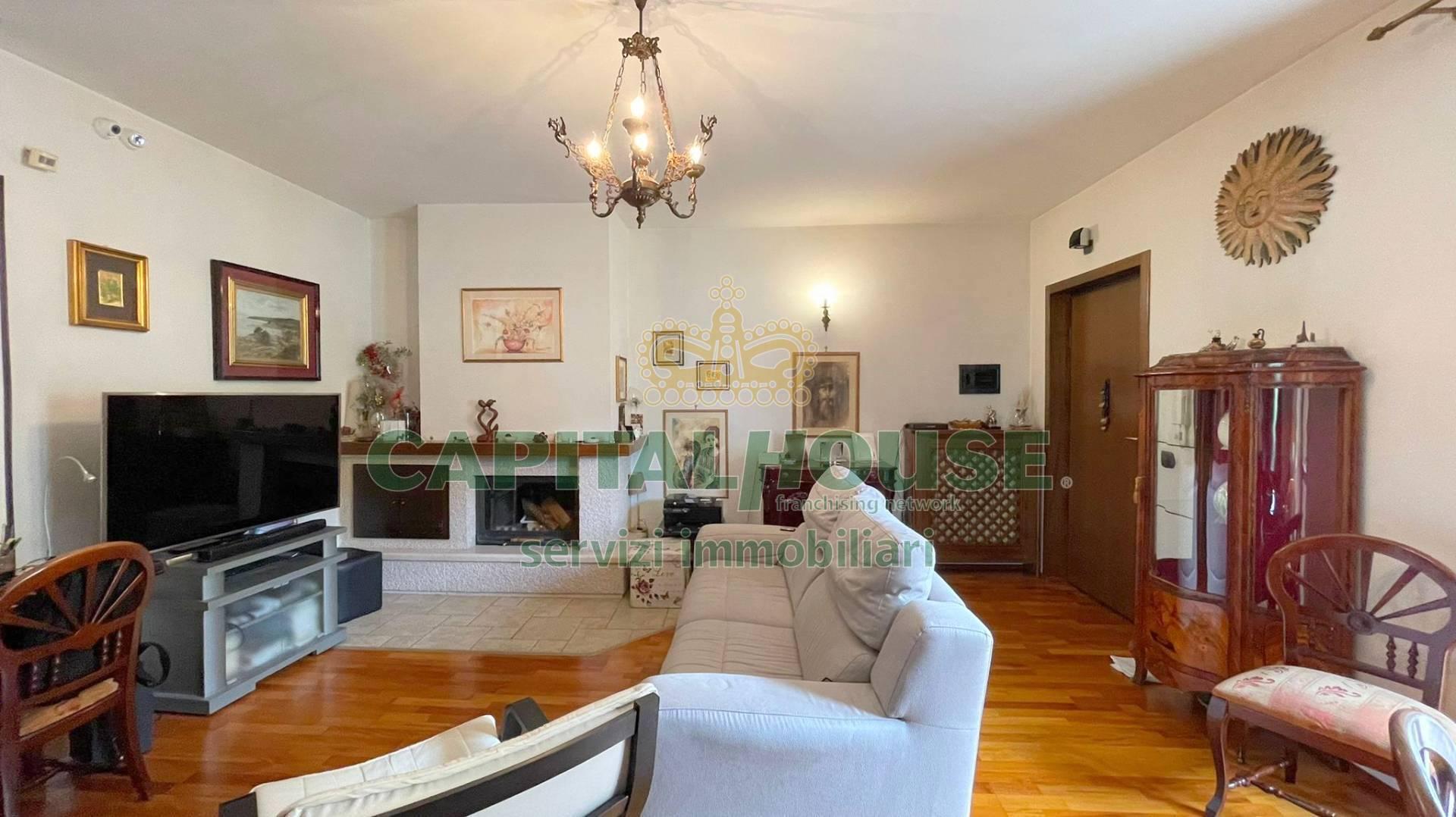 Appartamento in vendita a Monteforte Irpino, 4 locali, zona Località: AldoMoro, prezzo € 170.000   CambioCasa.it