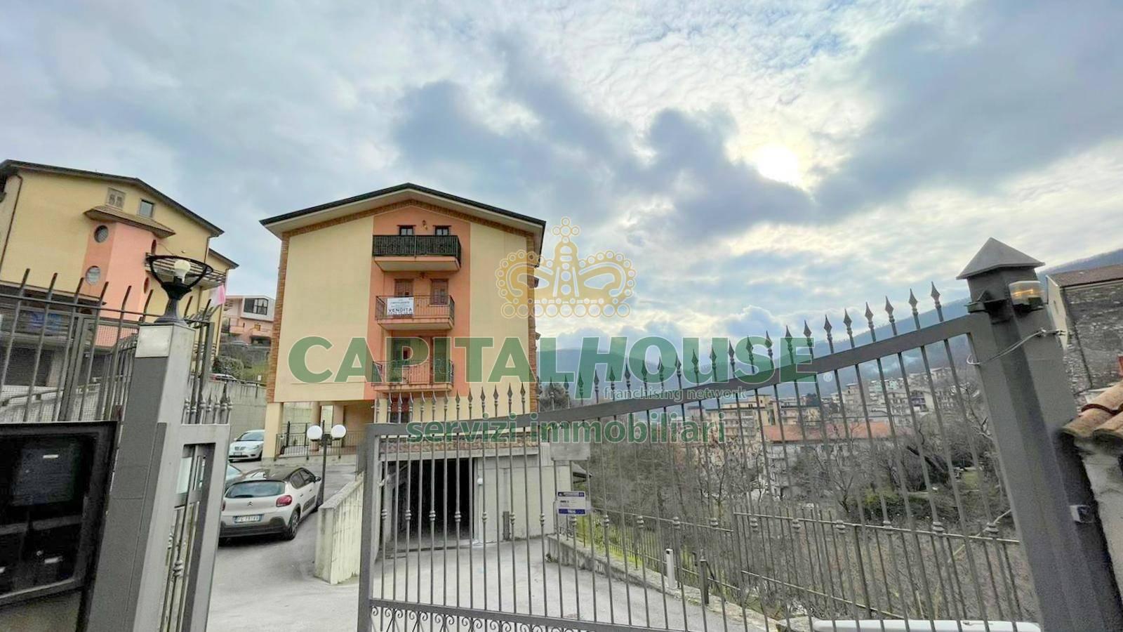 Appartamento in vendita a Monteforte Irpino, 3 locali, zona Località: Centro, prezzo € 79.000   CambioCasa.it