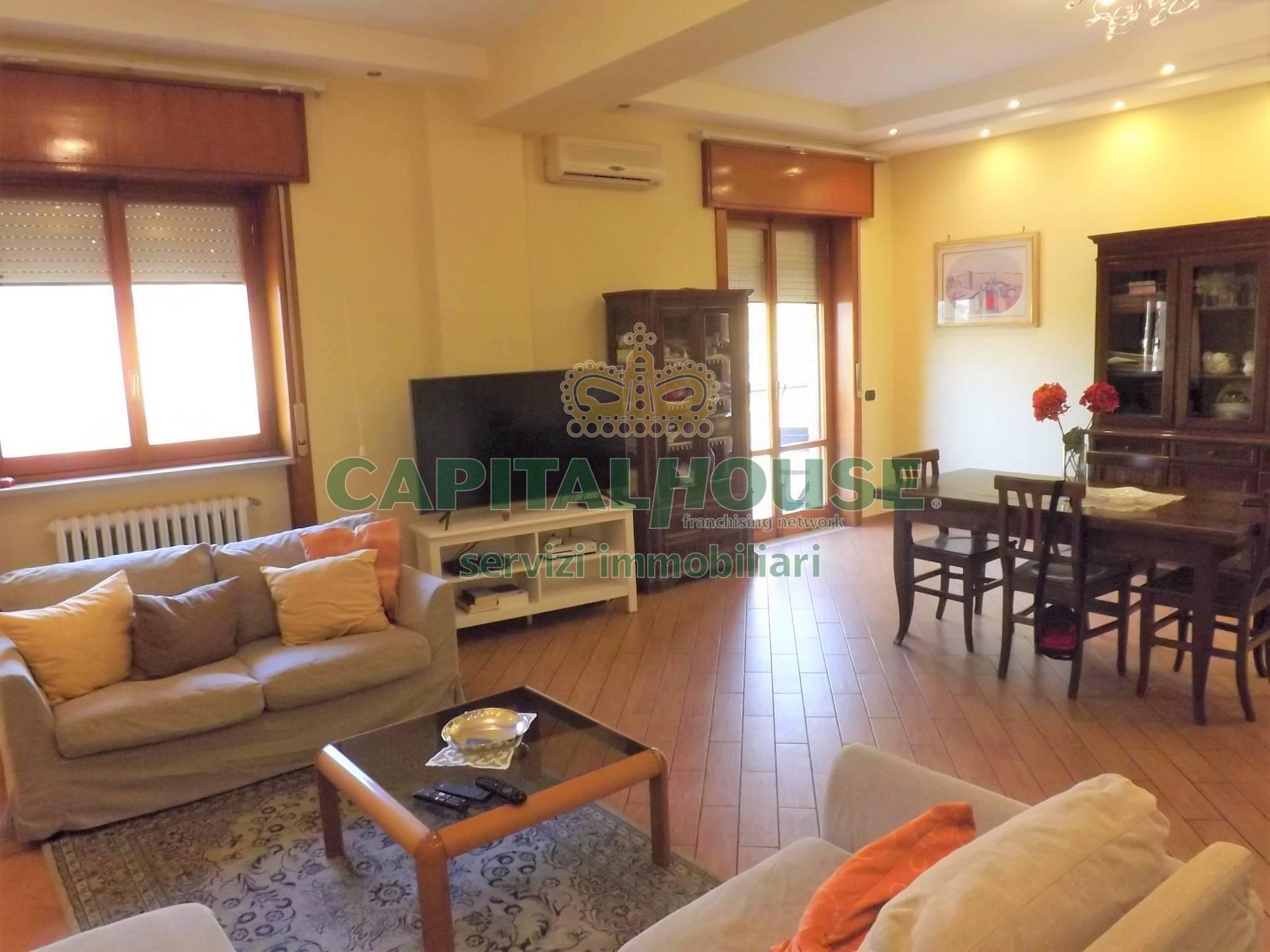 Appartamento in vendita a Atripalda, 4 locali, prezzo € 155.000 | CambioCasa.it