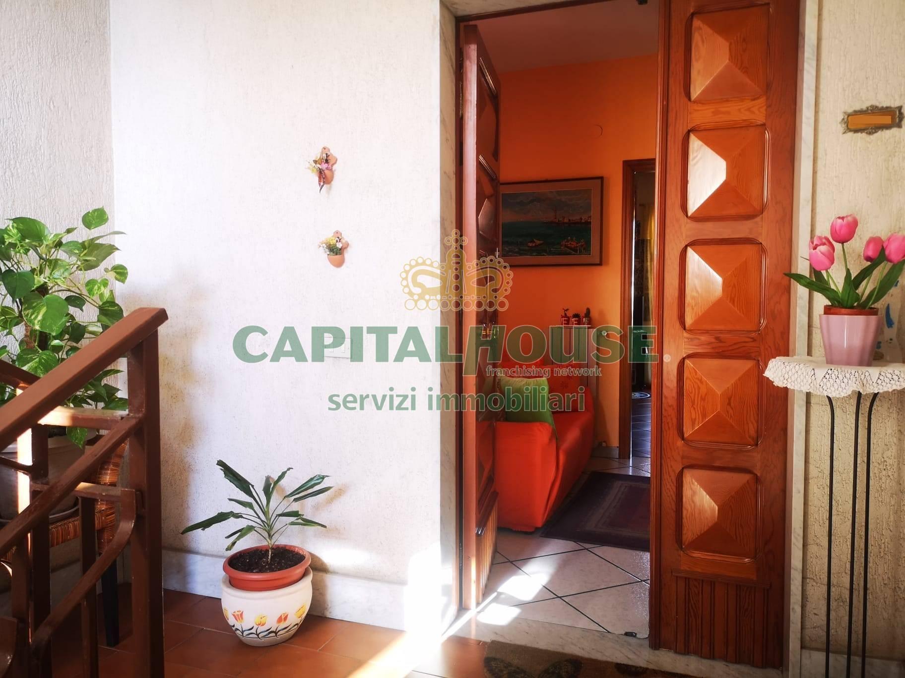 Appartamento in vendita a San Nicola la Strada, 4 locali, zona Località: L.DaVinci, prezzo € 125.000 | CambioCasa.it