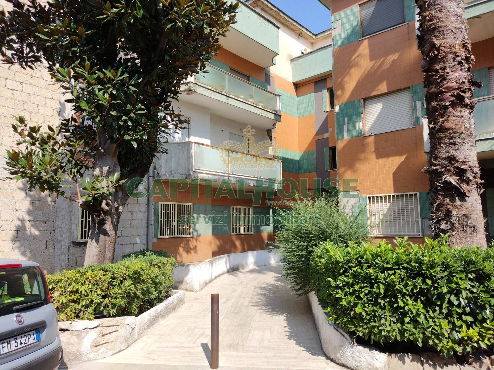 Appartamento in vendita a Nola, 4 locali, prezzo € 120.000   CambioCasa.it