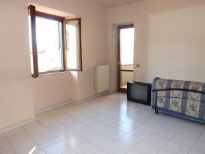 Vai alla scheda: Appartamento Vendita - Pratola Serra (AV) - Rif. 8162