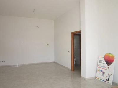 Vai alla scheda: Locale Commerciale Affitto - San Nicola la Strada (CE) - Rif. 105f