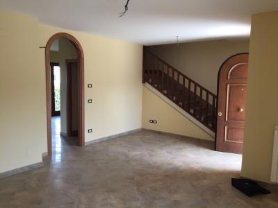 Vai alla scheda: Villa singola Vendita - Mercogliano (AV) | Badia Loreto - Rif. 8197