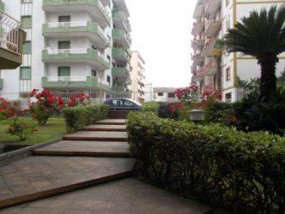 Vai alla scheda: Box / Posto auto Affitto - Santa Maria Capua Vetere (CE) | Zona Corso - Rif. 120BOX
